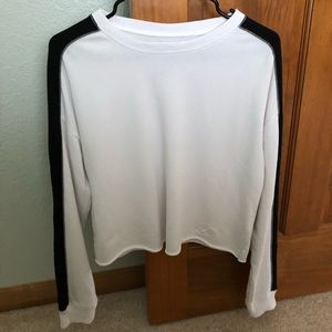 Hollister Cropped White and Black Sweatshirt